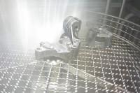 Bauteil in Heißwasserteilereinigungsanlage